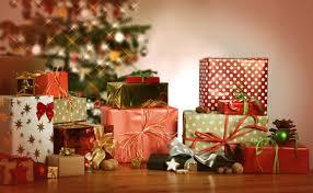 Procon orienta consumidores sobre troca de presentes de Natal
