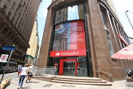 Santander lidera ranking de queixas contra bancos