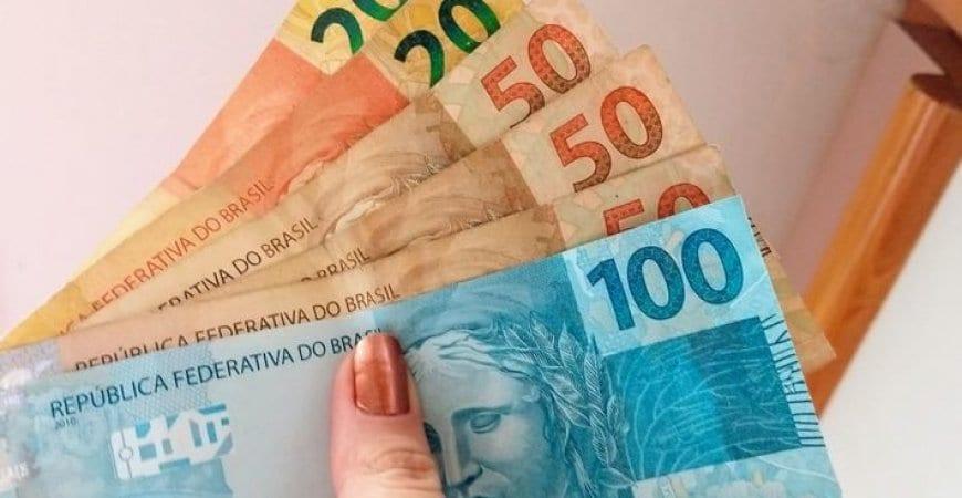 Salvador e Manaus prosseguem com pagamento de aux�lio emergencial