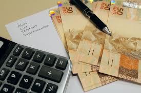 Brasileiros com nome em cadastro de devedores chegam a 40,5% da população