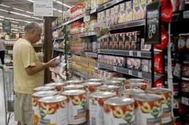 Intenção de consumo das famílias cresce 0,6% em agosto