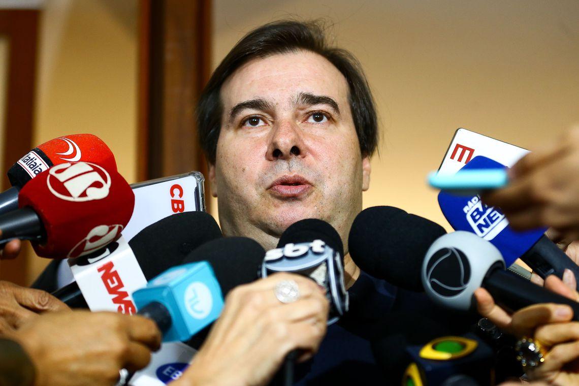 Imposto sobre transa��o financeira digital n�o passa na C�mara, afirma Maia