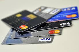 Compras com cartões cresceram 14,7% no terceiro trimestre do ano