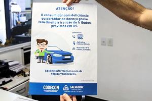 Campanha da Codecon fiscaliza concession�rias de Salvador
