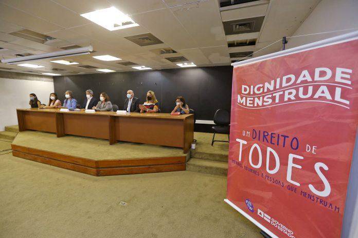 Projeto Dignidade Menstrual deve atender 206 mil estudantes da rede p�blica estadual