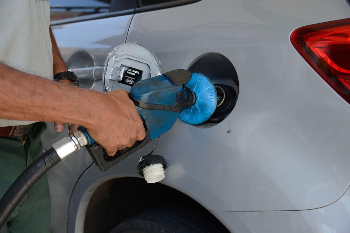 Petrobras reduz pre�o de gasolina e diesel em R$ 0,13 nas refinarias
