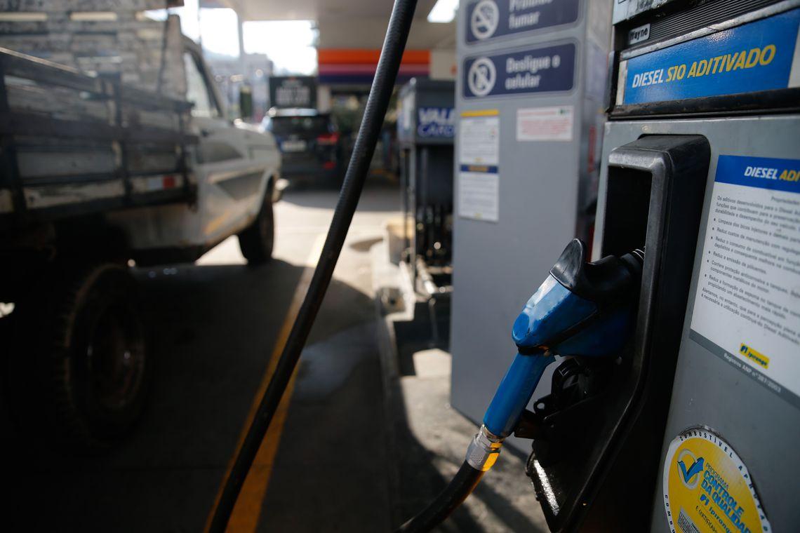 Bombas de combust�veis ter�o certifica��o digital a partir de dezembro
