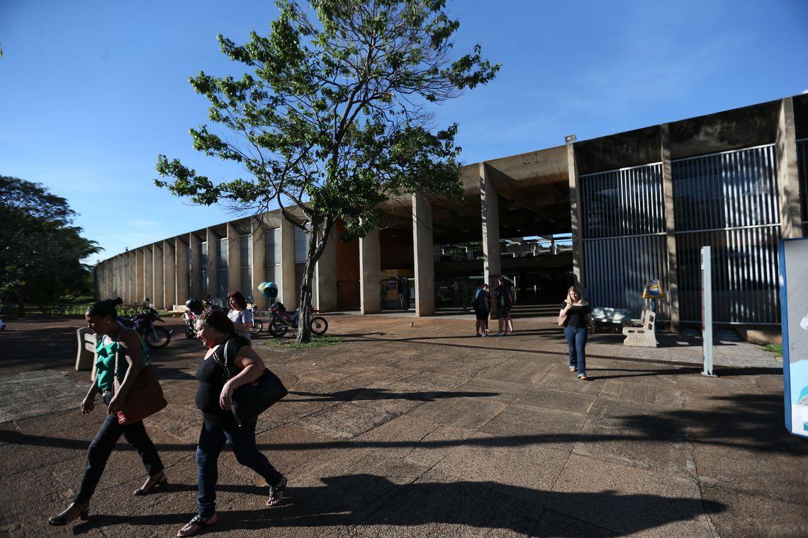 Sisu tem 1,8 milhão de estudantes inscritos, metade dos que preenchiam os critérios