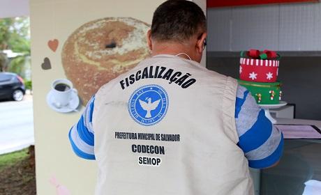 A��o da Codecon descarta 162 mil quilos de alimentos impr�prios para consumo