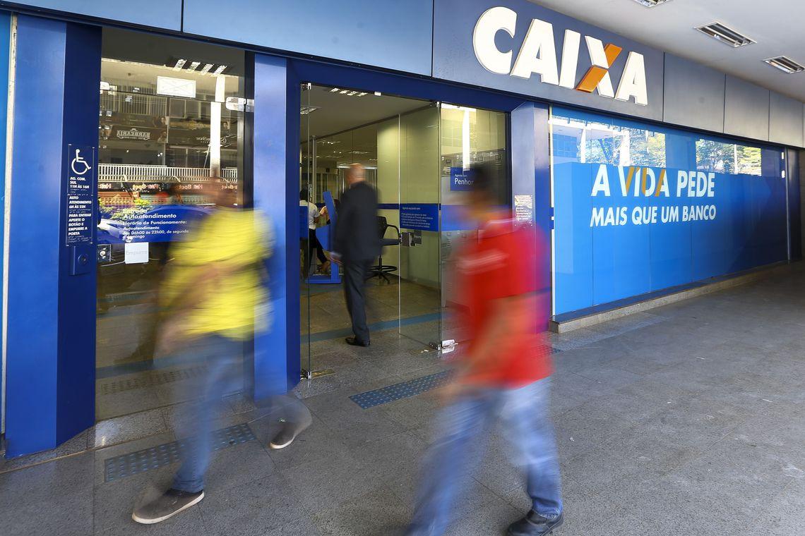 Bancos abrem hoje (24) em hor�rio especial