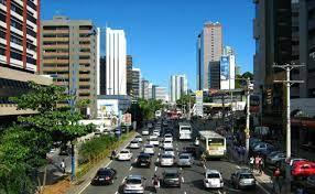 Interven��es no final de semana afetam o tr�nsito na Avenida Tancredo Neves