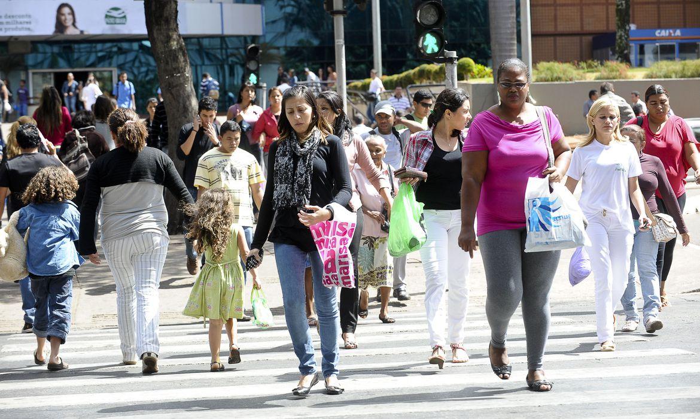 Taxa de desemprego de jovens atinge 27,1% no primeiro trimestre, mostra IBGE