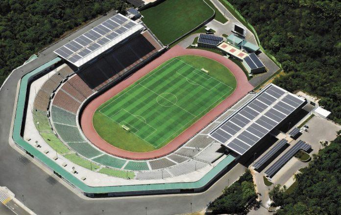 Governo do Estado libera retorno controlado de torcida aos est�dios de futebol