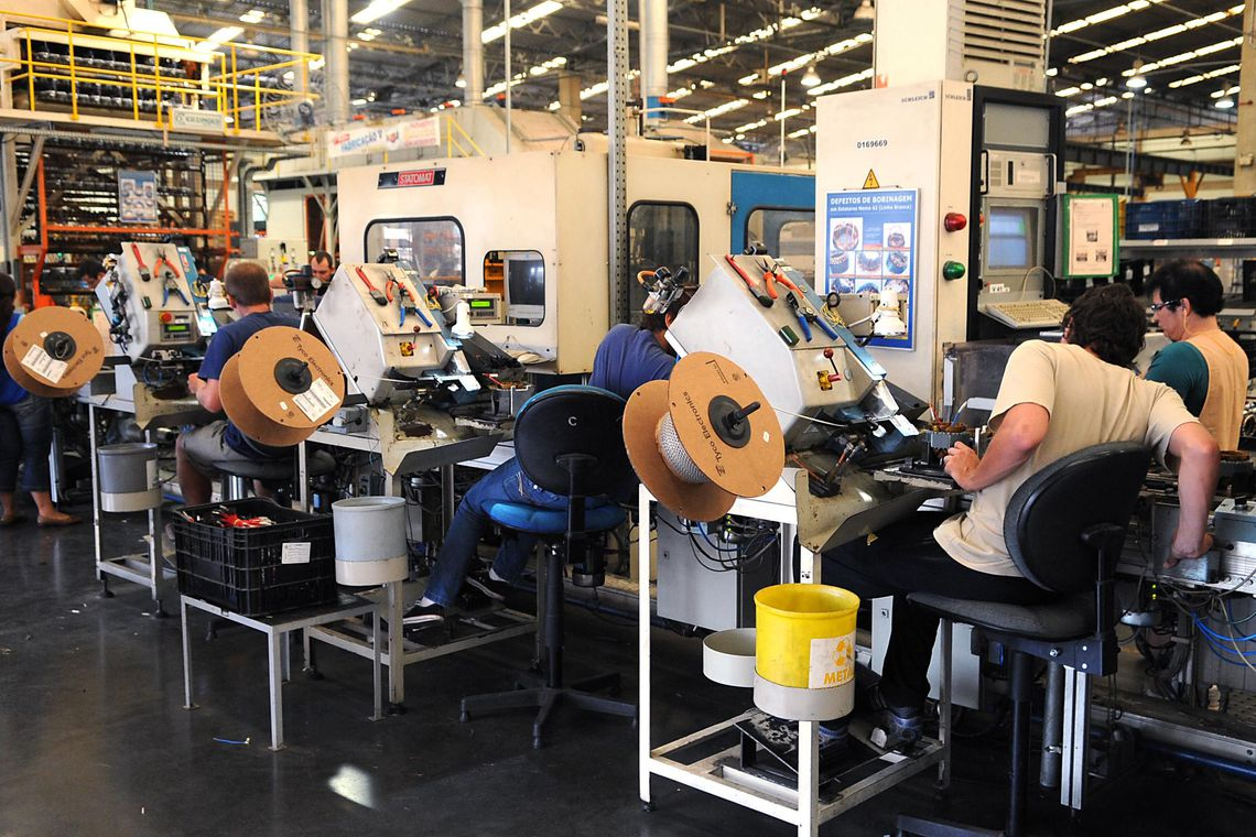Infla��o de produtos na sa�da das f�bricas fica em 0,91% em novembro
