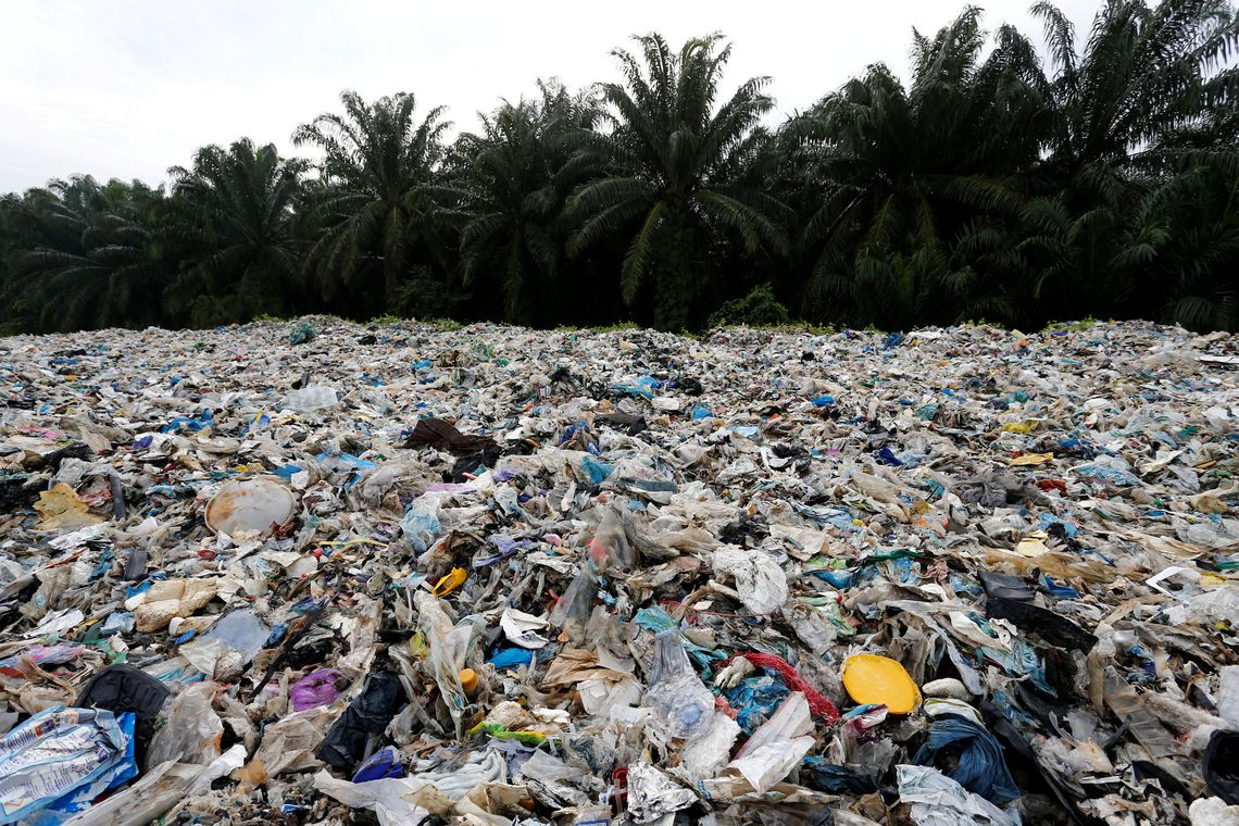 Mal�sia devolver� 3 mil toneladas de pl�stico aos pa�ses de origem