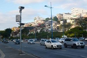 Notifica��es por excesso de velocidade caem 38% no primeiro quadrimestre em Salvador