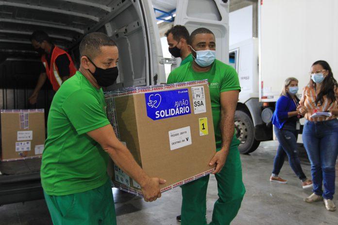 Bahia recebe primeiro lote da Pfizer e mais 405 mil doses da AstraZeneca