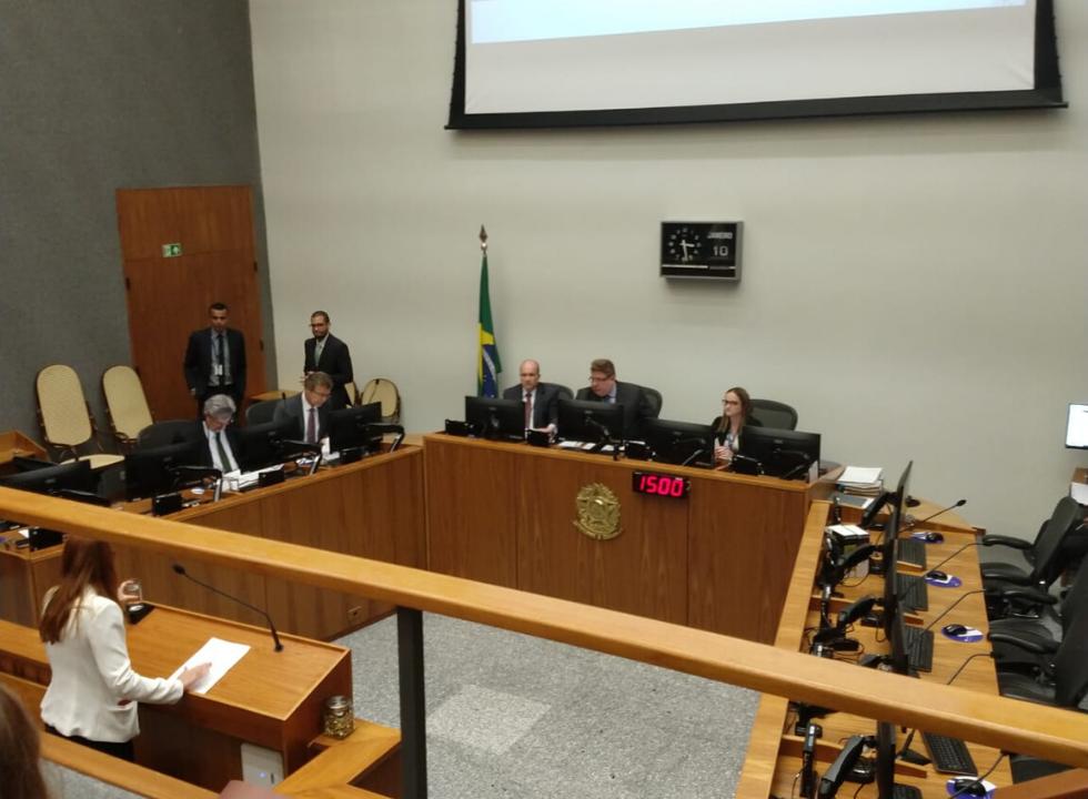 STJ vai decidir reajuste por faixa et�ria em planos de sa�de coletivos