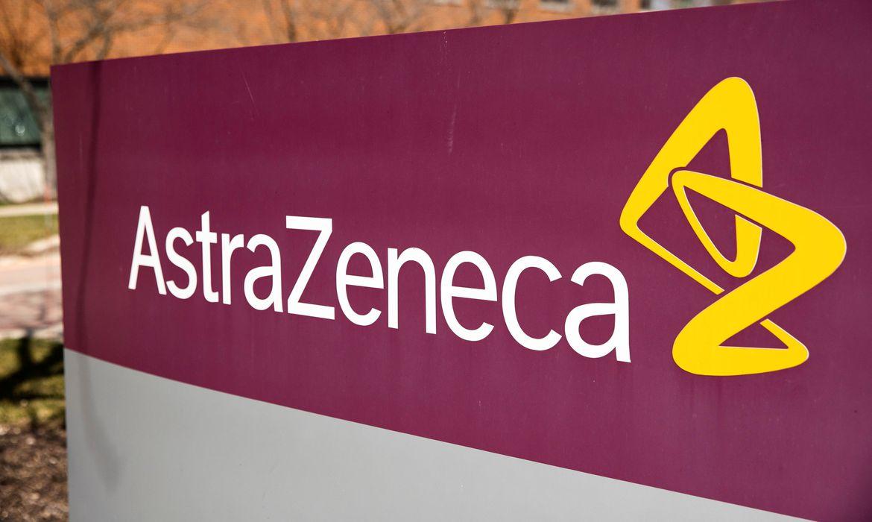 Medicamento da AstraZeneca reduz mortes e casos graves de covid-19