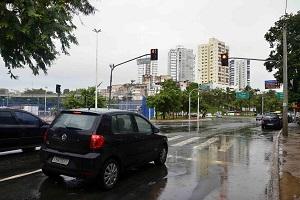 Avanço de sinal vermelho em Salvador cai mais de 30% em 2019