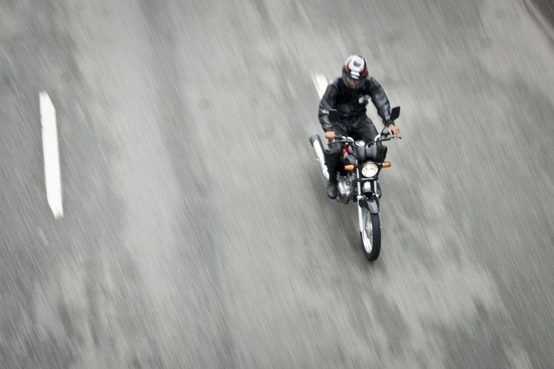 De cada dez atendimentos por acidente no SUS, oito s�o motociclistas