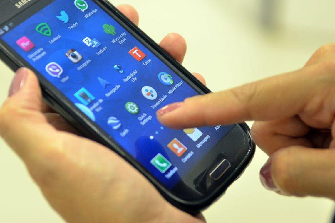 Smartphones usados em excesso prejudicam crian�as, revela pesquisa