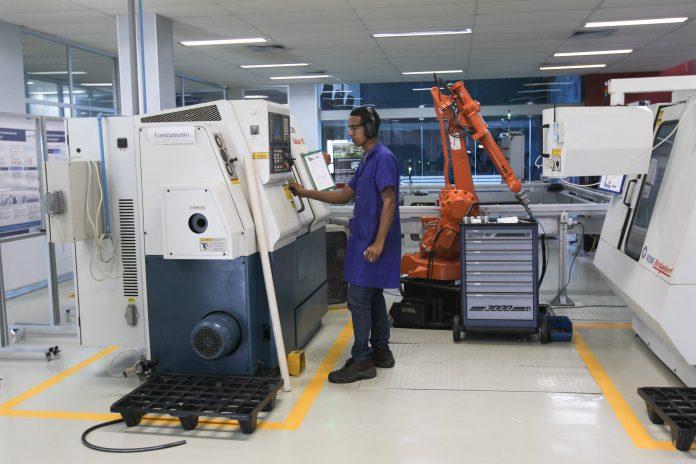 Produção industrial baiana avançou 4 por cento em setembro