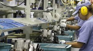 Governo aumenta projeção de crescimento do PIB para 0,90%