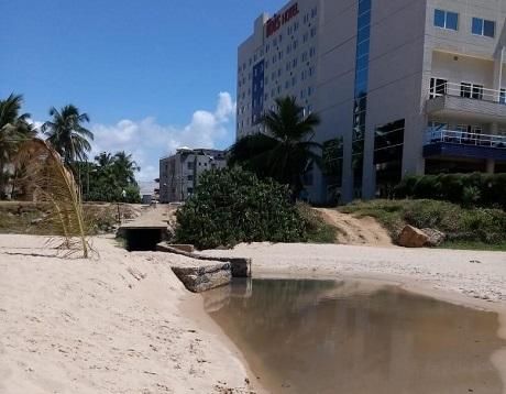 Prefeitura vai notificar Embasa por poluição no Rio Vermelho