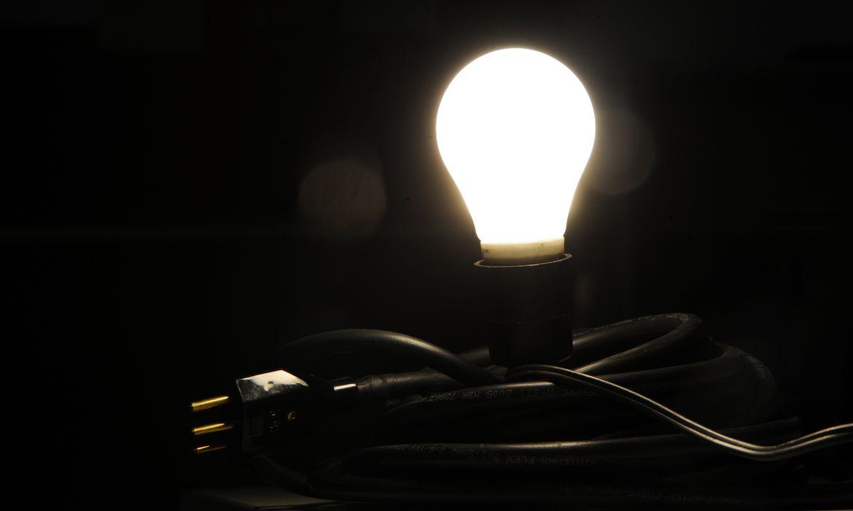 Aneel cria nova bandeira tarif�ria, e conta de luz fica mais cara
