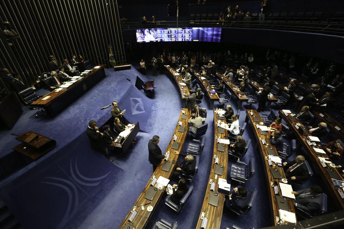 Senado aprova desconto maior na conta de luz de fam�lias carentes