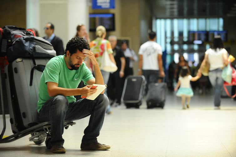 Tarifas de embarque em aeroportos ter�o aumento de 5,39%