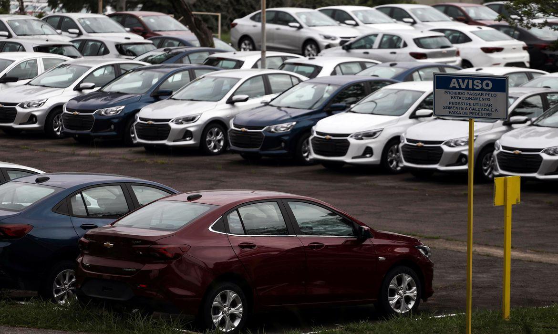 Consumidor mantém intenção de comprar carro mesmo com a crise