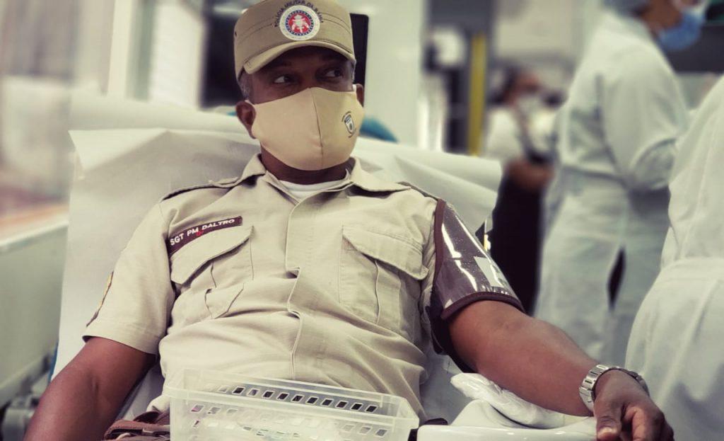 Hemoba e PM iniciam campanha de doa��o de sangue nesta ter�a (13) em todo o estado