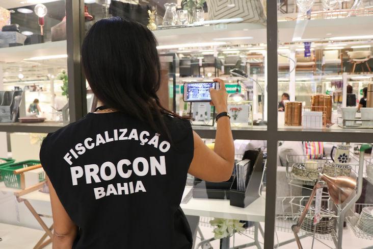 Procon-BA inicia opera��o para o Dia dos Namorados